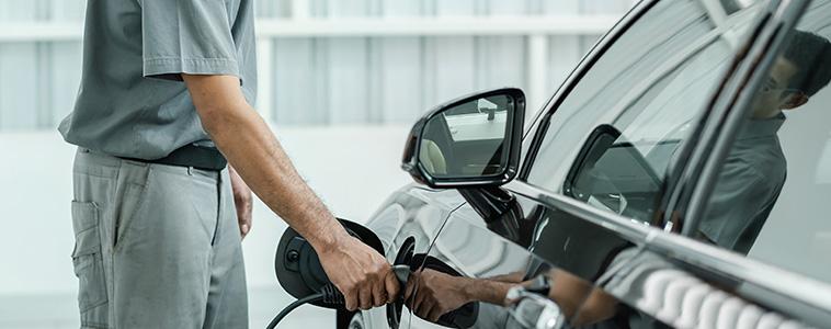 電気自動車のパワーの源・電気自動車充電設備とは